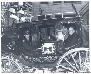 Arrivée de G. Hocquard à Dallas par Thomas K. Cone - Coll. BMM