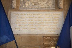 Les vers d'Ausone à l'Hôtel de Ville de Metz