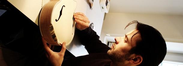 Mathieu Schmitt, le luthier fait feu de tout bois